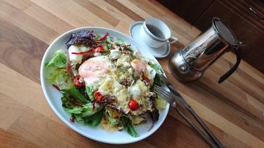 Fried Eggs & Blue Stilton Salad